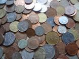 Большая Гора иностранных монет без наших. фото 3