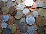 Большая Гора иностранных монет без наших. фото 8