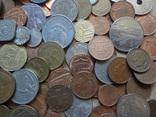 Большая Гора иностранных монет без наших. фото 9