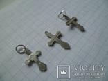 Три маленьких серебряных крестика., фото №6