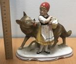 Красная шапочка и волк. Старая Германия. Высота - 18 см, фото №6