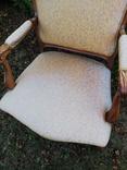 Крісло з красивою різьбою, Європа, фото №4