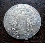 Талер Австро-Венгрии 1780 состояние UNC серебро рестрайк, фото №3