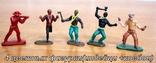 Лот из 5-ти цветных фигурок. 3 индейца и 2 ковбойца, фото №2
