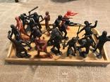 18 больших солдатиков донецкой фабрики игрушек, фото №2