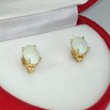 Миниатюрные золотые серьги-гвоздики с натуральными опалами, фото №7