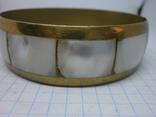 Винтажный латунный браслет с натуральными  перламутровыми вставками, фото №5