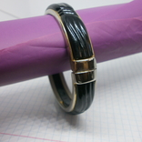 Браслет разжимной с вставкой черного цвета, фото №3