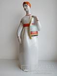 Женщина из Мукачево девушка с торбами ПЗХК фарфор СССР целая, фото №2