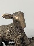 Бронзовая скульптура  «Овца с ягненком на спине», VB033, 1,7 кг, поврежденные уши, фото №9
