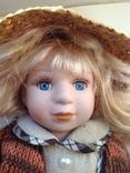 Фарфоровая кукла в соломенной шляпе, фото №7