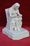 Статуэтка Девушка с тарелкой в кресле. Автор Хачадурьян 1948 год., фото №9