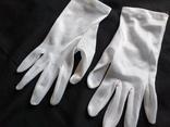 Беленькие перчатки, фото №3