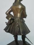 Бронзовая скульптура короля Людовика XV фото 6
