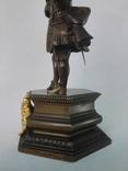 Бронзовая скульптура короля Людовика XV фото 7