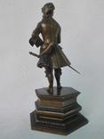 Бронзовая скульптура короля Людовика XV фото 10