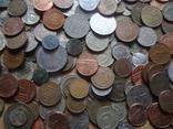 Супер- Гора монет с нашими и зарубежными (615 штук.) фото 11