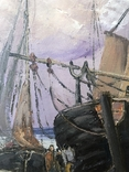 Люди встречают корабли на берегу, фото №6
