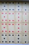 Старые карты для казино в бакелитовом футляре с мастями - 2 колоды., фото №9