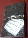 Винтажная коробочка с прозрачными кристаллами и зеркальцем внутри с Англии, фото №2