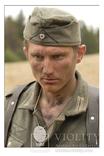 Солдат вермахта со смертным жетоном на шнурке., фото №2