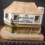 Lilliput Lane домик магазин Curios and Bifts, фото №8