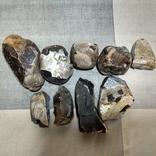 Нуклеуси та камені за допомогою яких робили кремнієві знаряддя праці, фото №7