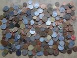 Большая Гора иностранных монет без наших. 323 штуки
