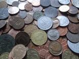 Большая Гора иностранных монет без наших. 323 штуки фото 2