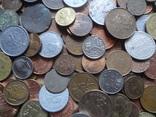 Большая Гора иностранных монет без наших. 323 штуки фото 4