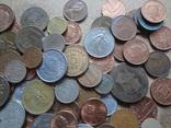 Большая Гора иностранных монет без наших. 323 штуки фото 7