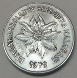 Мадагаскар 2 франка, 1979 фото 2