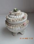 Фарф шкатулка (сахарница). Capodimonte, Victoria. Made in Italy. Decorato a mano. Позолота, фото №3