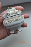 Фарф шкатулка (сахарница). Capodimonte, Victoria. Made in Italy. Decorato a mano. Позолота, фото №10