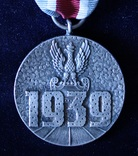 Польша. Военная медаль., фото №2