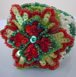 Браслет Цветок из бисера