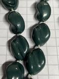Винтажные зелёные бусы с Англии фото 2
