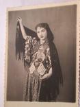 Фото девушки в народном костюме