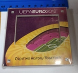 Сувенирная рамка для фотографии на магните. евро 2012