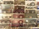 Аудиокассеты импортные б.у разные в лоте 44 штуки, фото №7