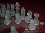 Комплект стеклянных шахмат со стеклянной доской  Англия в родной упаковке, фото №5