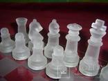 Комплект стеклянных шахмат со стеклянной доской  Англия в родной упаковке, фото №6