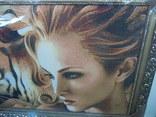 Картина Девушка и Тигр Гобелен 63*45 см фото 2
