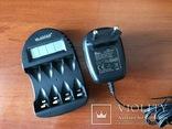 Зарядний пристрій La Crosse BC-250 AA/AAA акумуляторів