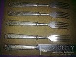 Вилки 5 шт и 1 нож старые, фото №3