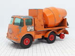 Matchbox Ready Mix Concrete Truck Made in England (cc), фото №3