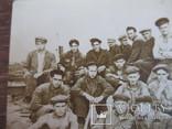Группа рабочих на стройке, фото №3