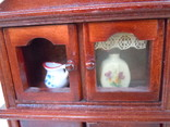 Винтажный кукольный буфет фото 8