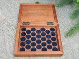 Мюнц-бокс.Червоне дерево.Ложементи d16/18/20mm.Для патинування/зберігання монет., фото №7
