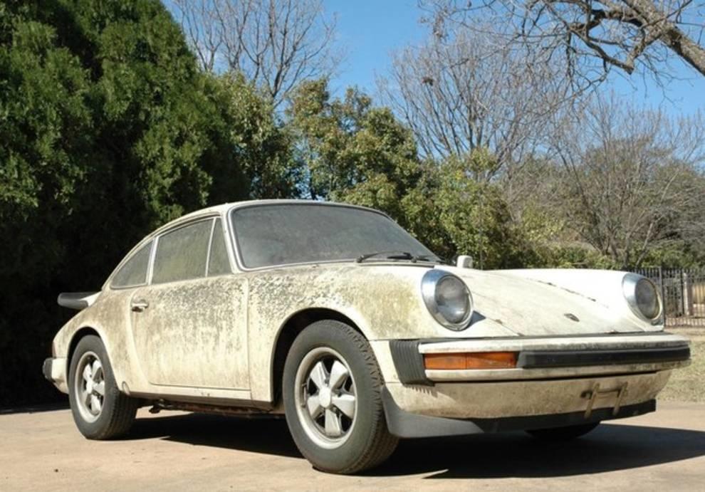 20 лет без движения: на eBay продается редкий Porsche, покрытый кораллами